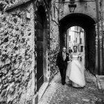 Chi paga il vestito della sposa