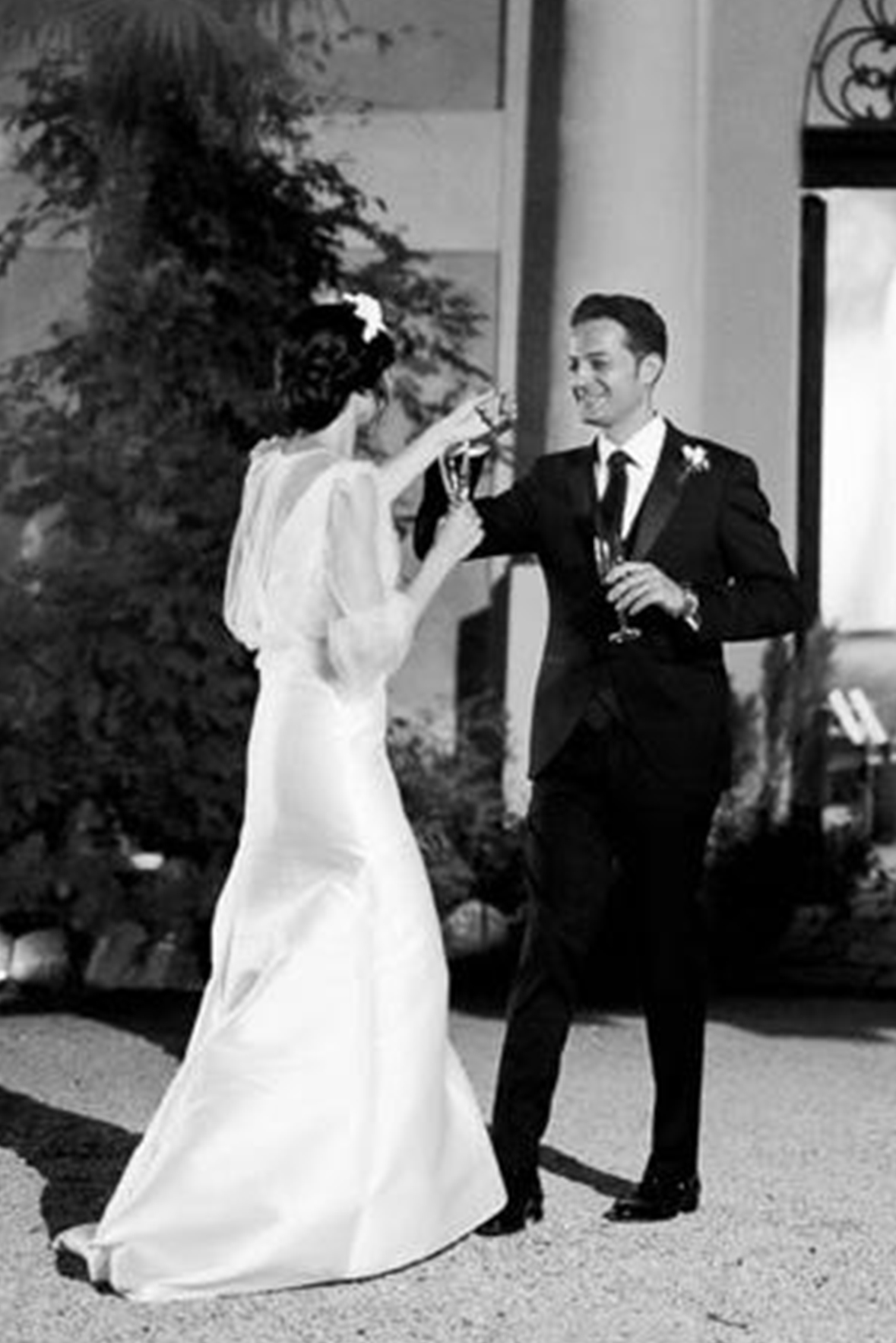 abito da sposa in mikado Gabriella sposa atelier lascari milano